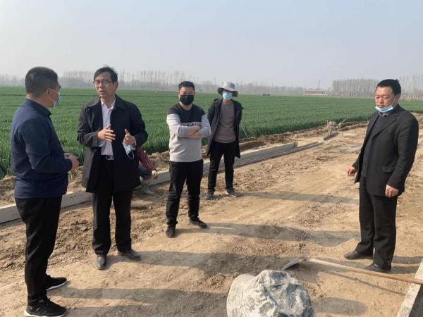 开封市农业农村局副局长黄怀义督导2019年项目区高标准农田进度